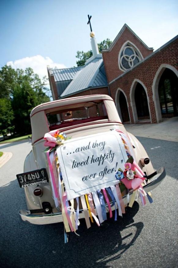 Lovely Wedding Car Decorations Classic Getaway Wedding Car With