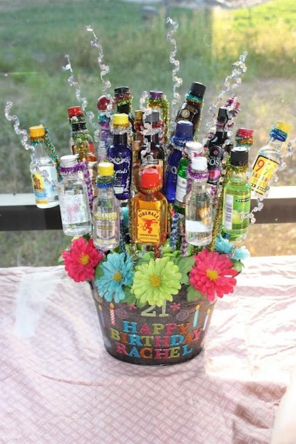 Оригинальные бутылки в подарок