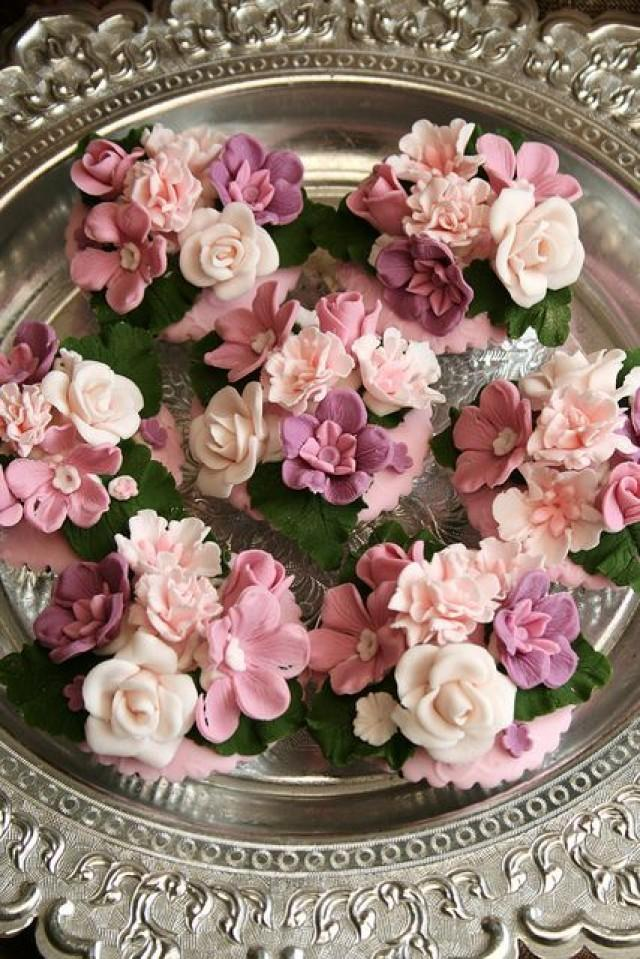cupcakes wedding cupcake floral pink flower elegant shades flowers different flickr weddbook decorated cakes bouquet roses sugar easter stunning garden