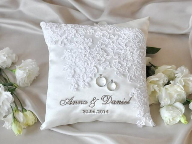Ideas For Ring Pillows: Lace Wedding Pillow  Vinateg Ring Bearer Pillow  White Ring Pillow    ,