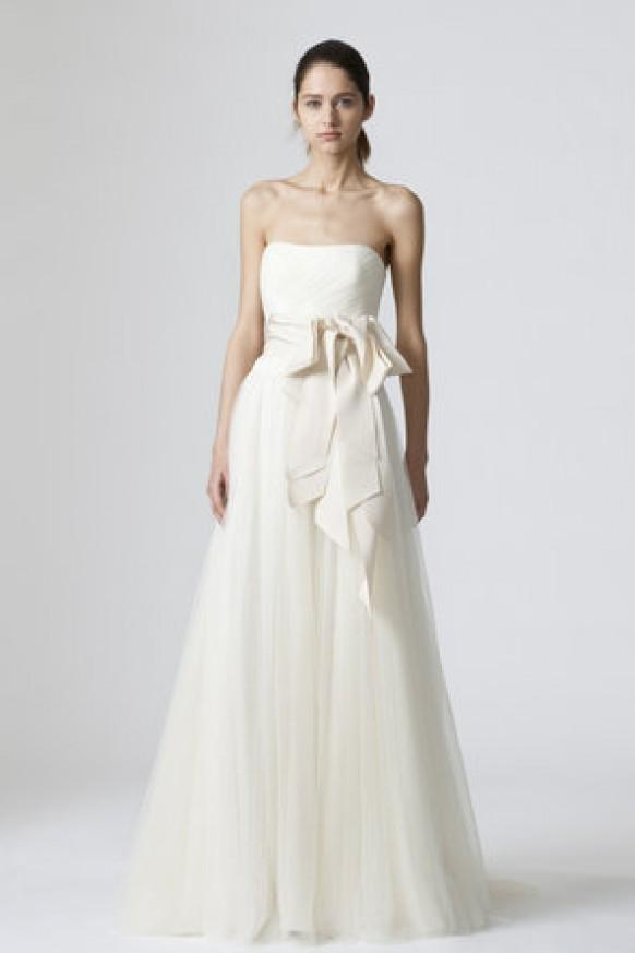 Vera Wang Delaney Wedding Dress ♥ Simple Wedding Dresses  794979 - Weddbook 965af5b1d30