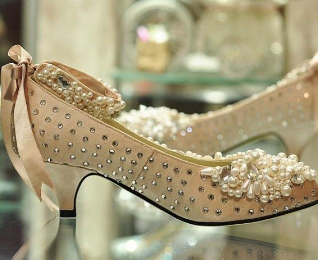 pearl wedding shoes low heel wedding shoes with the pearls on the top 6428